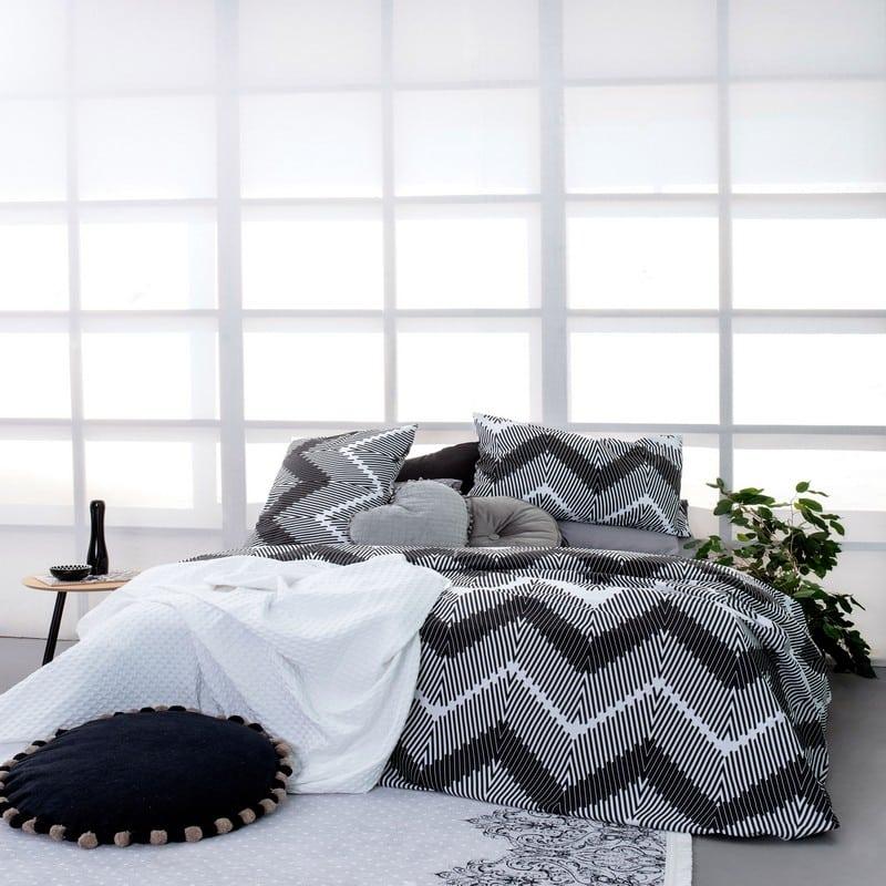 Σεντόνια Με Λάστιχο FL6119 Σετ 4τμχ Fashion Life Black-White Palamaiki Υπέρδιπλo
