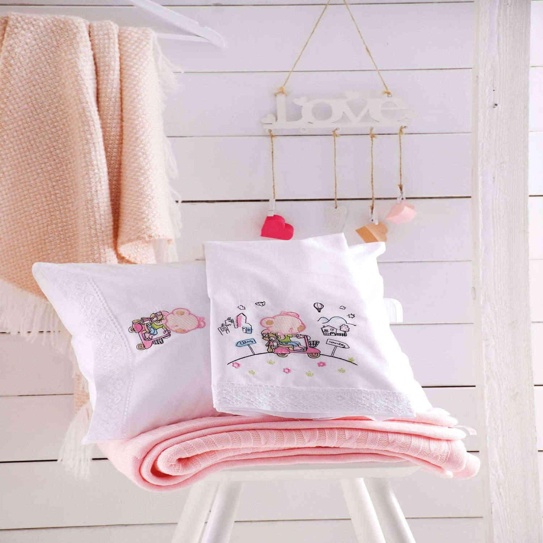 Κουβέρτα Πικέ Με Κέντημα Trip Ροζ Ρυθμός Αγκαλιάς 80x80cm