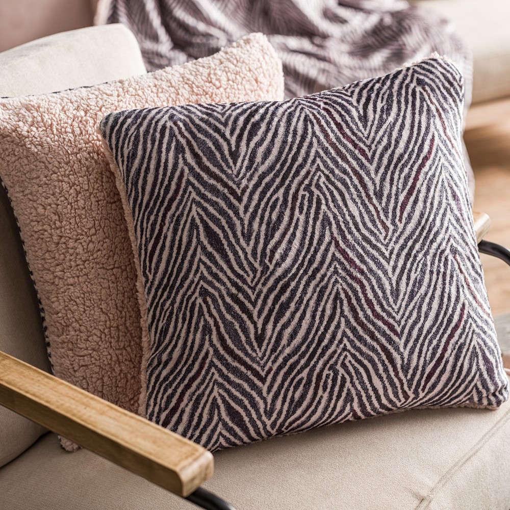 Μαξιλαροθήκη Διακοσμητική Zebre 836/17 Powder Pink Gofis Home 45X45 100% Polyester