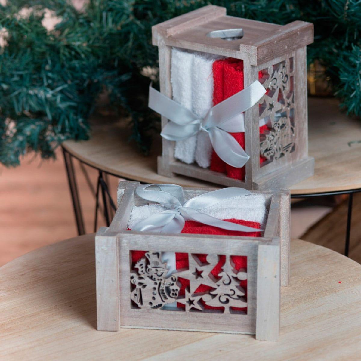 Λαβέτες Σετ 4τμχ Χριστουγεννιάτικες Σε Ξύλινο Κουτί Box 1010 Red-White Teoran Σετ Πετσέτες